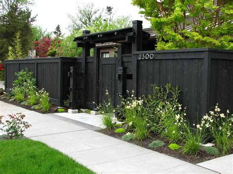 backyard privacy fence landscape fence ideas and gates landscaping network
