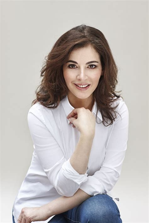 nigella lawson what s behind nigella lawson s culinary success the peak