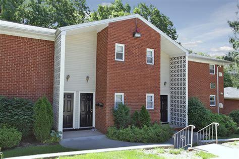 Garden Apartments Arlington Nj Mt Arlington Gardens Apartment Homes Rentals Mt