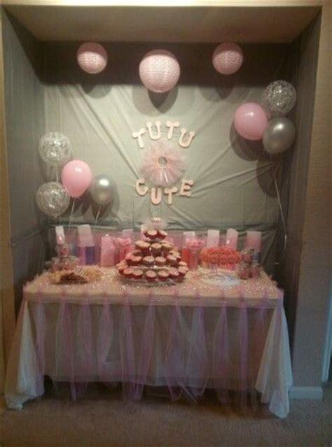 Tutu Themed Baby Shower Decorations by Best 25 Tutu Centerpieces Ideas On Ballerina