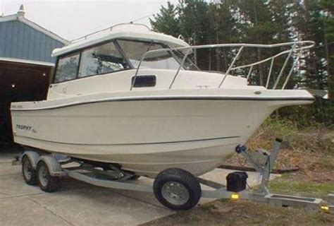 used trophy boats for sale in bc bayliner boats 2359 trophy hardtop boats for sale