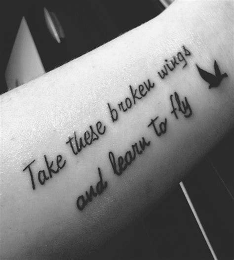 tatuagens femininas no bra o