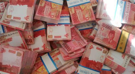 pembuat uang palsu beromzet miliaran rupiah ditangkap