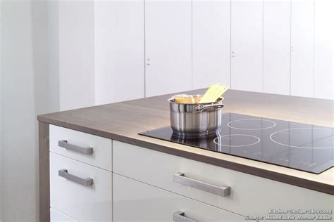 Kitchen Island Cooktop Minimalist Kitchen Makes History Modern Style In A Classic Setting