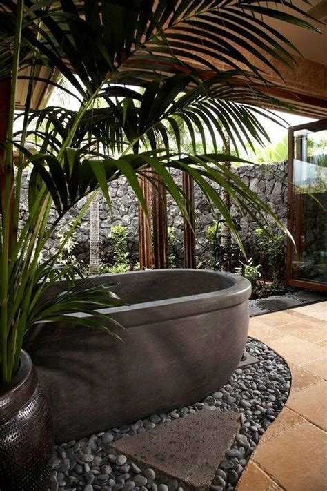 hawaiian style bathroom 25 best ideas about hawaiian homes on pinterest hawaii