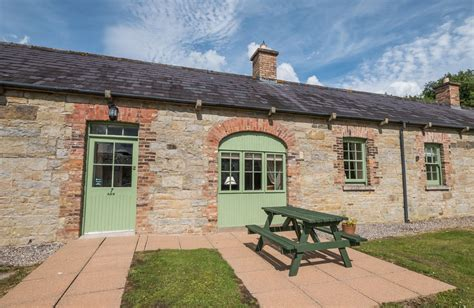 cottages in friendly friendly cottages from 163 218 rural retreats