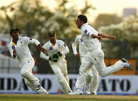 Cricket Takes The Bling Route by Pakistan Take The Conservative Route Again Cricket
