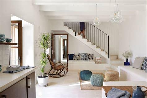 Wohnzimmer Kandidat by Den Platz Unter Der Treppe Nutzen 8 Ideen Um Am Meisten