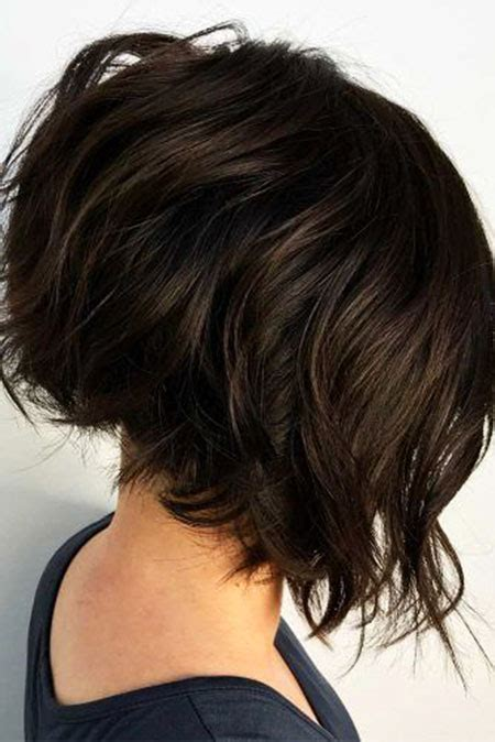 short layered haircuts  wavy hair