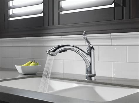 shop delta linden chrome pull out kitchen faucet at lowes com delta 4353 dst linden single handle pull out kitchen