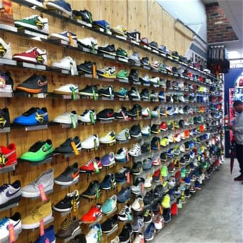 new york sneaker store transit shoe stores 406 broadway chinatown new york