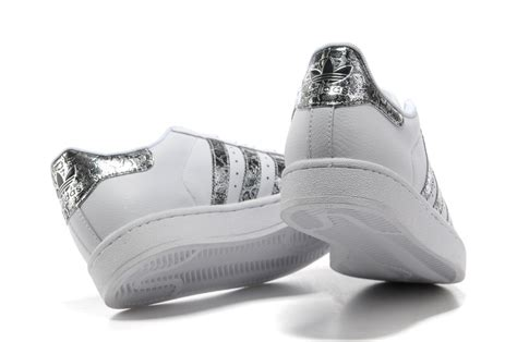 Adidas Superstar Günstig Damen 269 by Adidas Superstar Pas Cher Homme Femme Cuir Blanche Noir