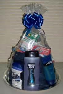 Gift Basket Ideas For Men Best 20 Men Gift Baskets Ideas On Pinterest Groomsmen Gift Baskets Guy Gift Baskets And Man