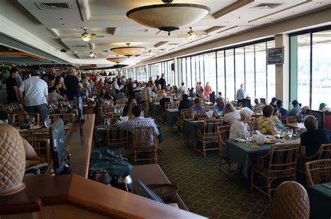 Plan Your Visit Santa Anita Park Santa Race Track Chandelier Room