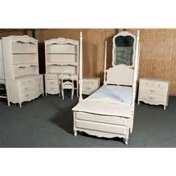 stanley kids bedroom furniture 9 piece children s stanley bedroom set