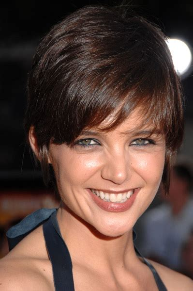 katie holmes short pixie haircut binside tv katie holmes shows off stylish pixie rihanna