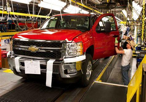 gm cuts truck production  clear backlog autoguidecom news