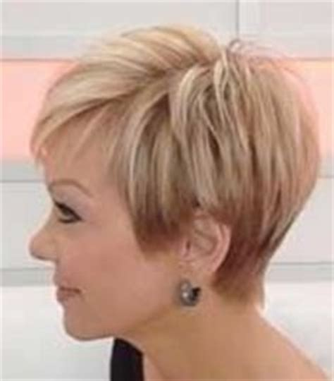 short hairstyles with weight line for women ultra texturized pieced out pixie cut blonde with