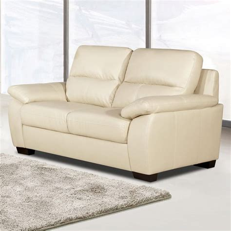 cream leather sofa best 25 cream leather sofa ideas on pinterest