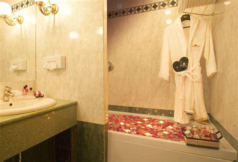 hotel romantico con vasca idromassaggio in con vasca idromassaggio weekend romantico