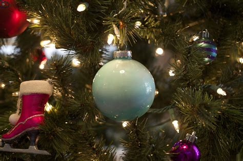 10 christmas tree ornaments merry christmas