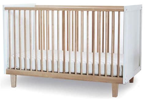 Oeuf Robin Crib by Oeuf Rhea Crib A New Take On The Robin Crib