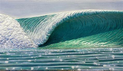 artist carves   amazing waves  wood
