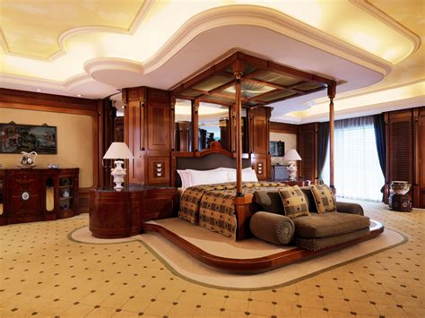 largest suite in the world royal residence at grand