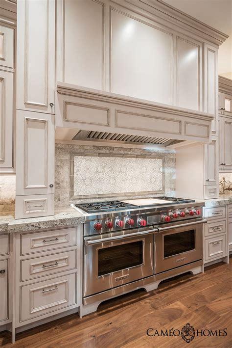 Luxurious Kitchen Appliances 17 Best Ideas About Luxury Kitchens On Luxury Kitchen Design Beautiful Kitchen