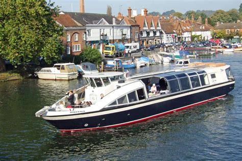 thames river cruise lunch henley henley on thames kardan travel day tours