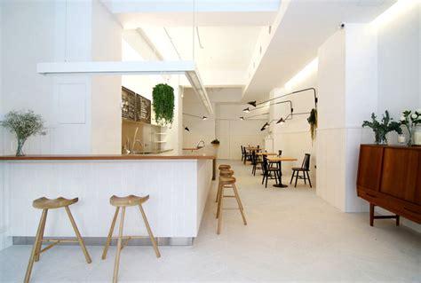 ordinary Wood Walls Decorating Ideas #2: coffee-shop-mole-design-2.jpg