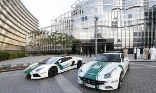 Car In Dubai Dubai Cars Hd Wallpapers High Definition Free