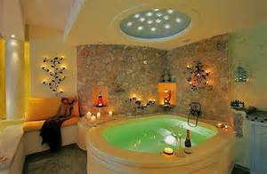 hotel rooms with outdoor tubs top hotels with in room jacuzzis room5