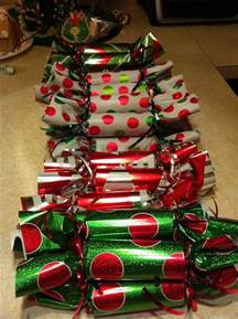 the 25 best ideas about christmas party favors on