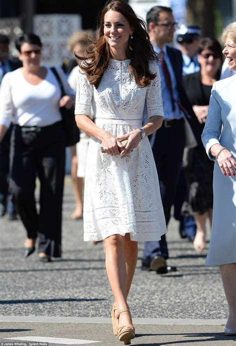 Pl360 964 Zara Slit Dress 12 style lessons we learned from kate middleton style ph