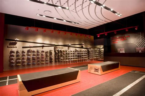 footpoint shoe clinic by morris selvatico sydney 187 retail