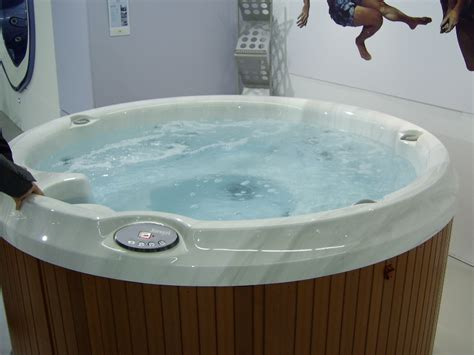 hot tub bathtub discounts washing jacuzzi tub home depot