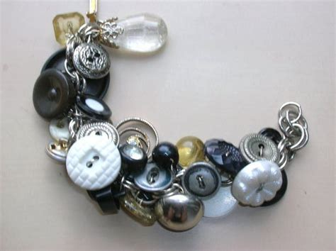 upcycle jewelry vintage button bracelet in silver black and white