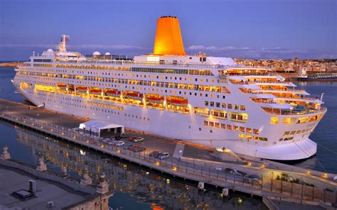 cruise ship the world cruising all over the world cruise ships for all age groups