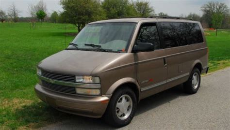 sell   chevy astro van awd chevrolet