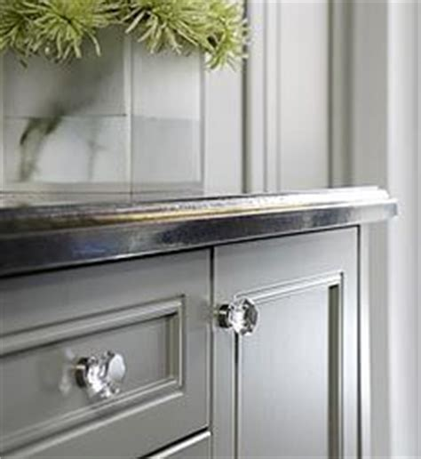 glass pulls for kitchen cabinets 25 best ideas about glass knobs on pinterest knobs for