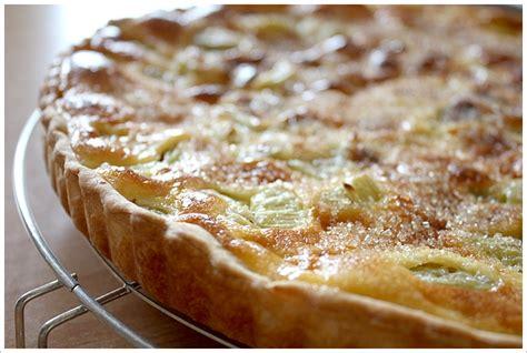 cuisiner de la rhubarbe la recette de la tarte 224 la rhubarbe gourmandiseries