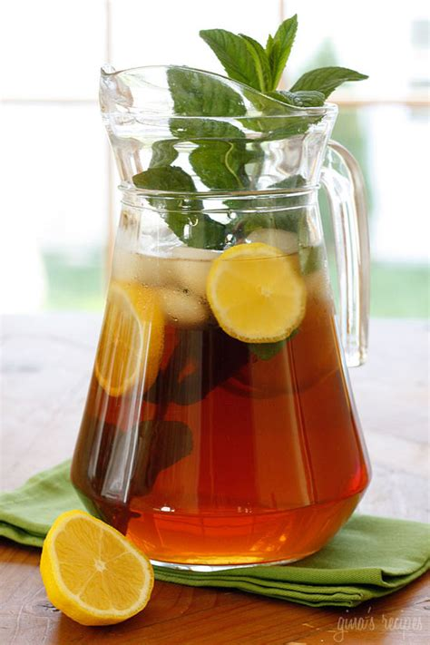 freshly brewed tea with fresh mint skinnytaste