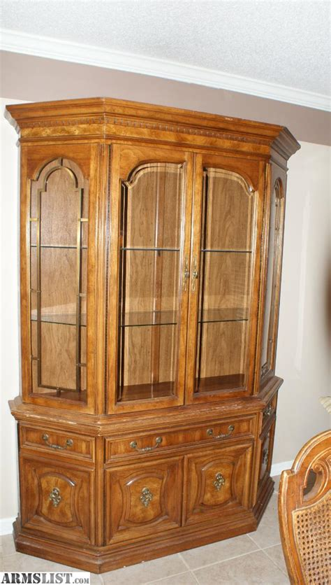 china cabinet and dining room set armslist for sale dining room set w china cabinet