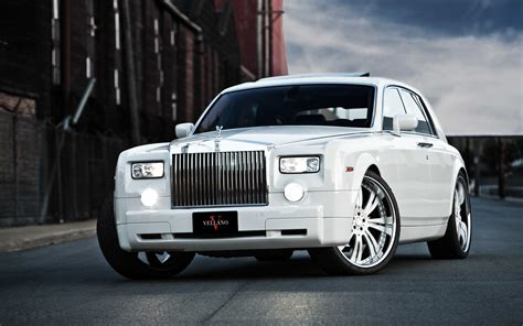 roll royce phantom white car rolls royce phantom custom big rims white pcs