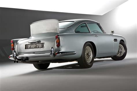 aston martin db5 bond aston martin db5