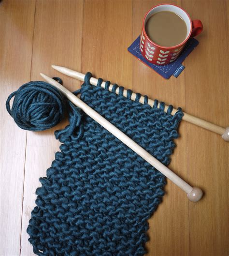 how to knit a scarf works in progress a knitting goes a way