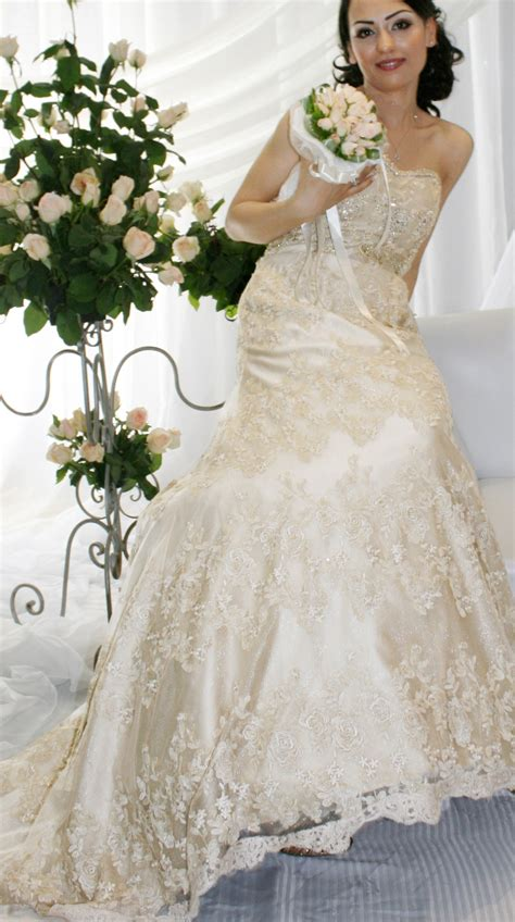 ladari vintage a line princess sweetheart chapel lace wedding dress