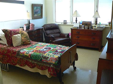 nursing home decor ideas nursing home furniture2