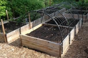How To Build An Arbor Trellis by Diy Garden Trellis How To Build A Cucumber Trellis For